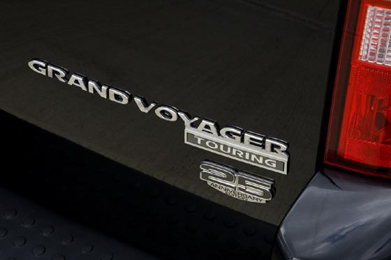 Chrysler Grand Voyage 25 años